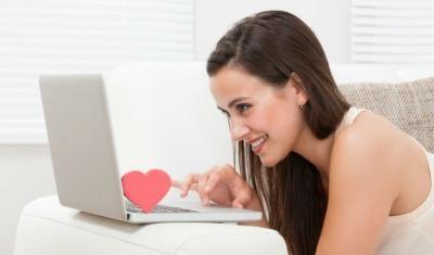 Электронный флирт. Как правильно общаться на сайте знакомств