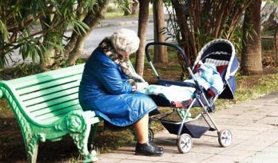 Мама отказывается сидеть с внуком. Как объяснить ей, что я устала быть одна?
