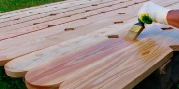 Установка забора из деревянного штакетника своими руками