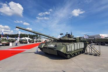 "Характеристики ""летающего танка"" Т-80БВМ рассекретили на ""Армии-2020"""