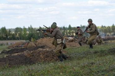 Под Курском состоялась первая военно-историческая реконструкция