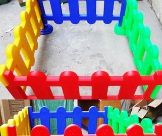 Декоративные пластиковые заборы и ограждения