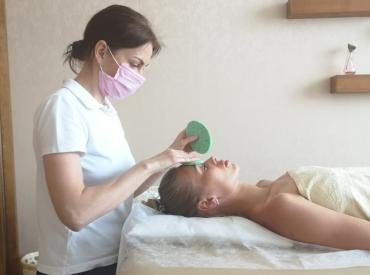 Тканевые маски для лица: как часто пользоваться и что должно быть в составе