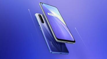 В РФ ощутимо снизилась цена китайского смартфона с уникальным экраном и очень быстрой зарядкой