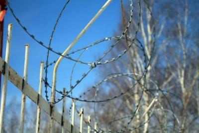Жить за забором дорого и неуютно