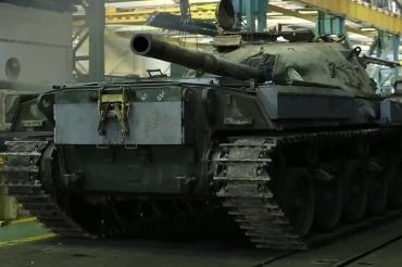 Двигатели от Т-72 продолжают устанавливать на танки Chieftain в Иране