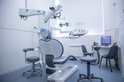 Отбеливание зубов по технологии Zoom 4 — инновации в безопасность