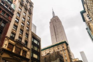 Бомбардировщик B-25D врезался в небоскреб в Нью-Йорке 75 лет назад