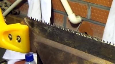 Как просто заточить ножовку и правильно развести зубья