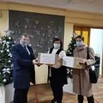 В Курске раздают бесплатно в школы и больницы защитные визоры
