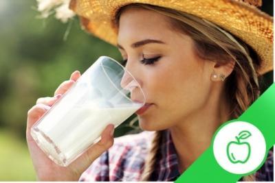 В чём преимущество растительного молока? Как обычное молоко влияет на организм?