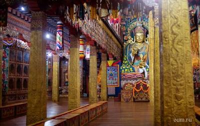 Буддийские монастыри в России: что это и как устроены
