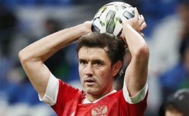 На фото: игрок сборной России Юрий Жирков