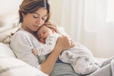 Месячные после родов: как восстановить цикл?