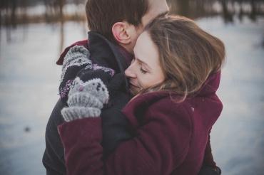 Про любовь и гормоны: как отношения влияют на гормональный фон