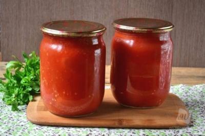 Помидоры в томатном соке на зиму: 5 очень вкусных рецептов. Бонус: самые простой и быстрый рецепт помидоров в томатном соку без стерилизации