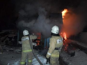 На хуторе Фонов в Курской области сгорел жилой дом