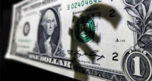 Аналитика Forex. Доллар тянет евро на своем горбу