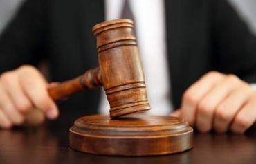 Курянку, управлявшую автомобилем подшофе, оштрафовали на 30000 и лишили прав на 1,5 года