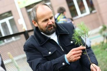 Посадить дерево осенью – Радий Кутлуев