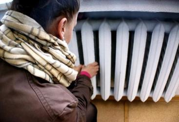 В Курске дети мерзнут в детсадах и школах без отопления