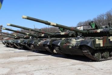 Выпущенные более 40 лет назад Т-72 передали в войска на Украине