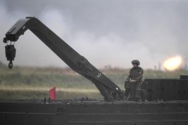 В России предложили создать робота для подвоза боеприпасов танкам