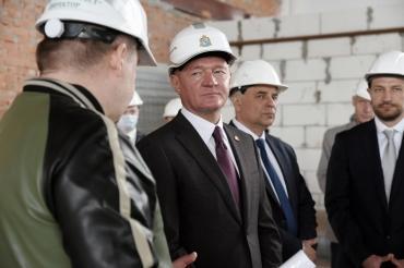 Роман Старовойт побывал с рабочим визитом в Горшеченском районе