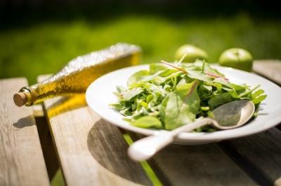 Чем полезна зелень, почему важно есть зелень, как правильно есть зелень: мнение нутрициолога