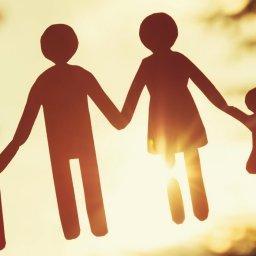 Курянам рассказали о мерах поддержки для семей с детьми