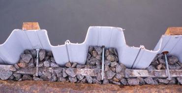 Устройство шпунтового ограждения котлована из труб