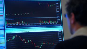 Объемы торгов на криптобиржах снизились на 56% в июне