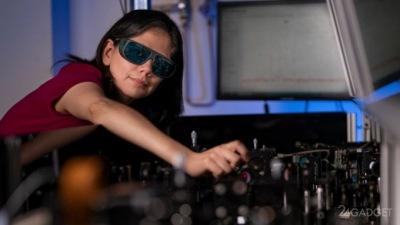 Нанопленка превращает очки и лобовое стекло автомобиля в прибор ночного видения