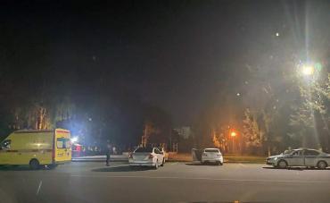 В Курске скорая помощь задела автомобиль «Ниссан»