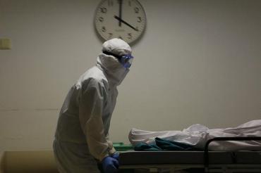 За сутки от COVID-19 в Курской области погибли 5 женщин и мужчина