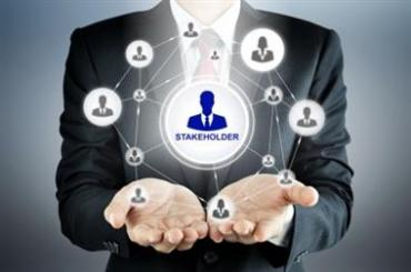 Являются ли акционеры собственниками компаний?