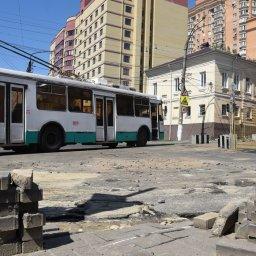 Дорожное полотно на улице Радищева в Курске восстановят не раньше октября