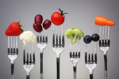 Топ-10 витаминов и микроэлементов, которые поддержат ваши сосуды
