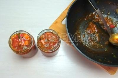 Лечо на зиму с томатной пастой