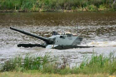 В России хотят создать колесный танк со 125-мм пушкой