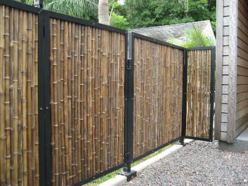 Экзотический забор из бамбука: характеристика, виды, советы по обустройству