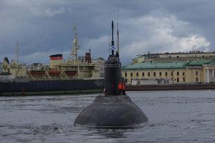 """Вооруженные силы России получили бронемашину """"Напарник"""""""