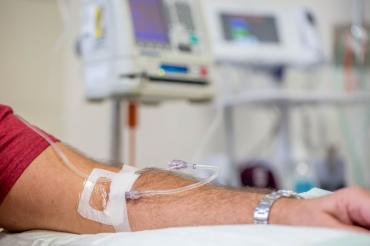 Новое средство уничтожает опухоли даже у неизлечимо больных раком головы и шеи