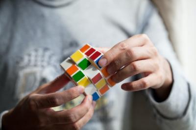 Можно ли изменять воспоминания, учёные выяснили, как повлиять на память