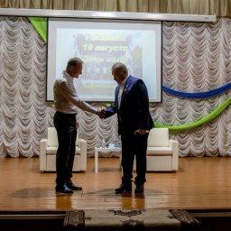 Губернатор Курской области Роман Старовойт встретился с партактивом Беловского района